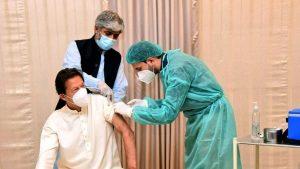 Premierul pakistanez Imran Khan a fost testat pozitiv la coronavirus, la două zile după ce s-a vaccinat