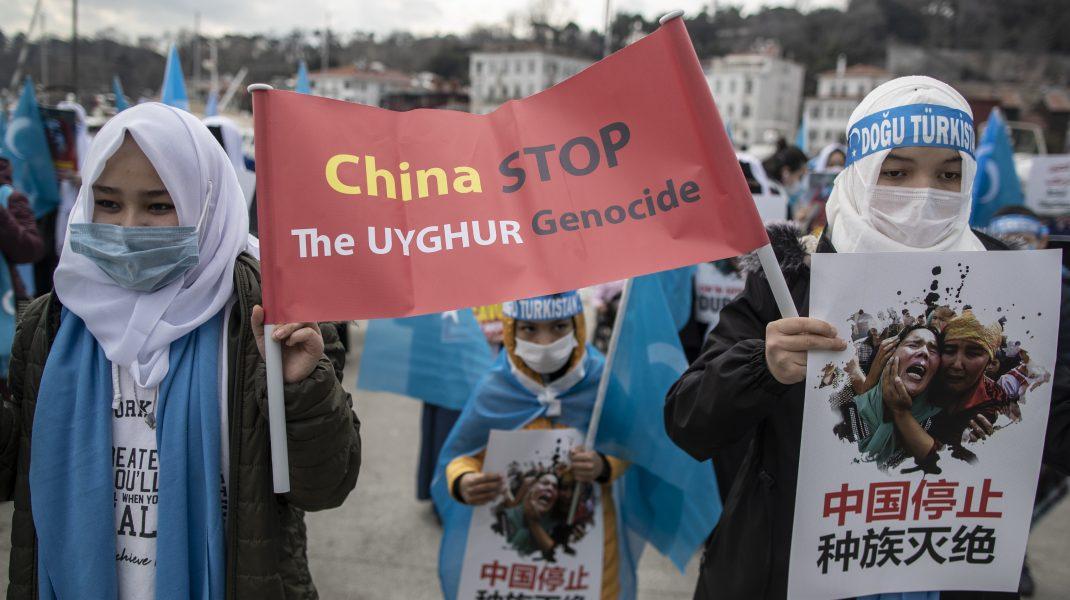 Protest-al-femeilor-uigur