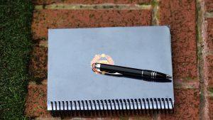 Scrisul-de-mână-dezvoltă-memoria