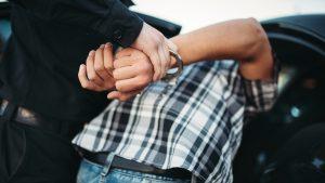 Un bărbat care a evadat anul trecut din închisoare, prins la furat într-o clădire de birouri