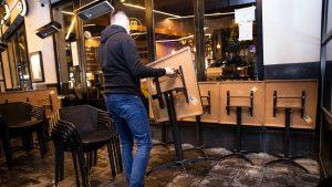 Antreprenorii din HoReCa, afectați din cauza incertitudinii privind carantinarea Bucureștiului
