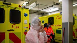 Cehia are nevoie de ajutor pentru tratarea pacienților Covid-19. Ministerul Sănătății solicită ajutor altor țări, pentru că nu mai au loc în spitalele regionale