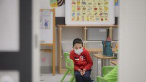 """Pandemia, prin ochii copiilor: """"Mi-a lipsit să mă duc la bunicii mei și să mă îmbrățișez cu prietenii"""""""