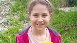 O fetiță de 9 ani a murit acasă, după ce i s-a făcut rău. La autopsie s-a stabilit că avea Covid-19