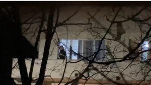 Cum arată saloanele Clinicii de Psihiatrie din Craiova, după ce au fost afectate de incendiul ce ar fi fost provocat de un pacient. VIDEO