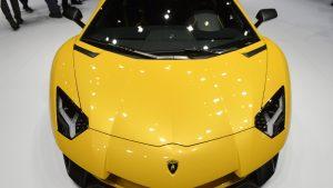 Cât cere statul român pe un Lamborghini Aventador