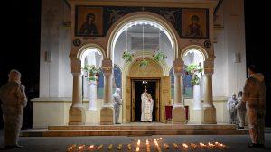 Tema imaginatelor restricții de Paști de anul acesta este una momentan ireală, spune purtătorul de cuvânt al Patriarhiei Române