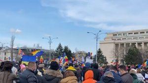 VIDEO. Proteste împotriva restricțiilor, în București și în mai multe orașe mari din țară