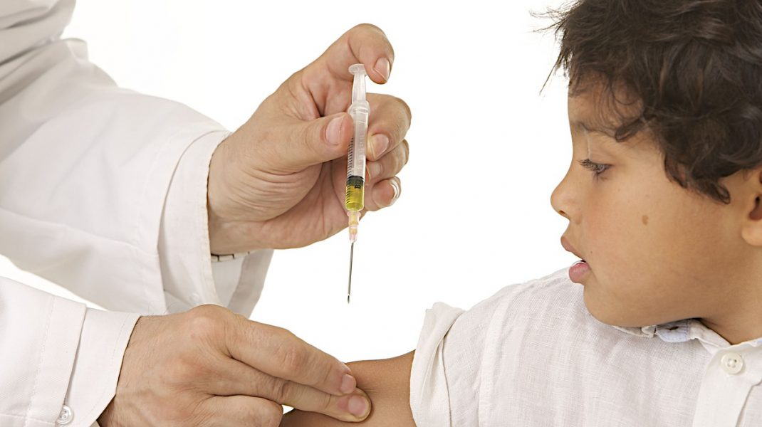 Moderna a început testarea vaccinului pe copii. Ce impact ar putea să aibă imunizarea celor mici asupra ratei de infectare