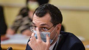 """Ministrul Sănătății: """"Nici Voiculescu, nici Cîțu nu au semnat vreodată pentru prioritizarea la vaccinare"""""""