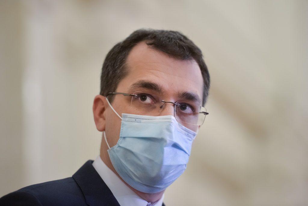 Vlad Voiculescu nu exclude carantinarea Capitalei. Ministrul este convins că rata de infectare mai mare decât cea raportată