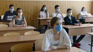 """Elevii vor să le acorde feedback profesorilor: """"Mi se pare normal să avem și noi dreptul la opinie"""""""