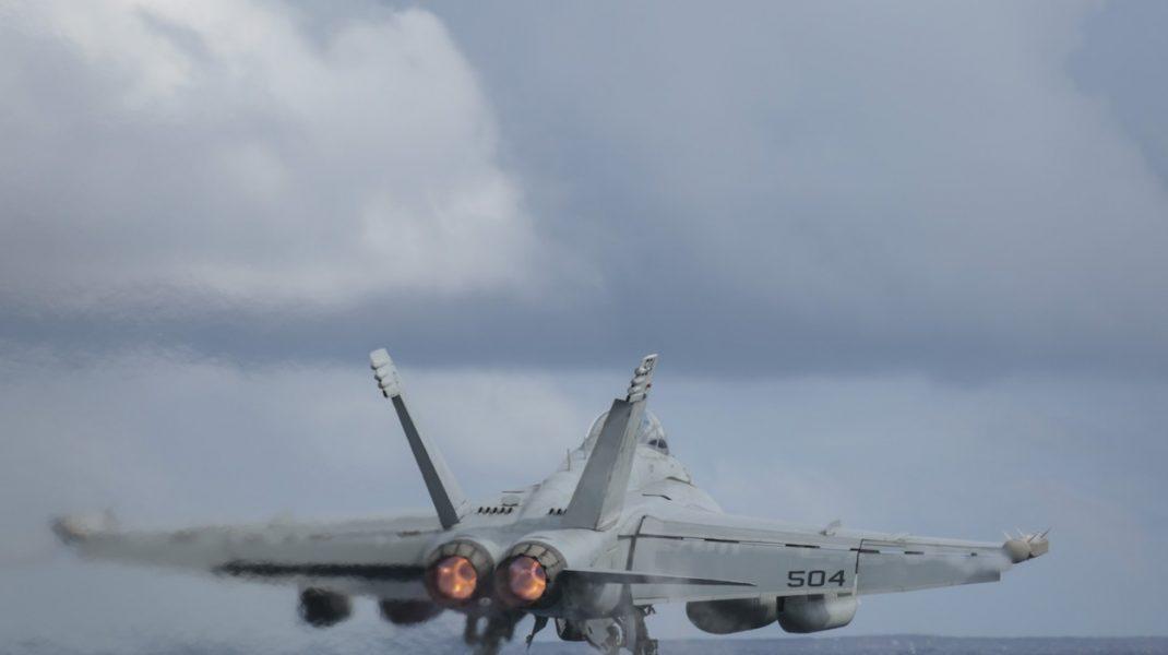 China a trimis avioane în zona de apărare aeriană a Taiwanului. Cresc tensiunile între Beijing şi Washington