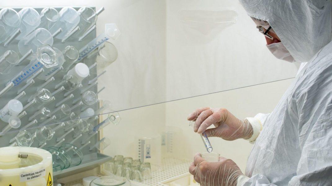 În Italia au fost descoperite 16 persoane cu super-imunitate la Covid-19. Explicațiile specialiștilor