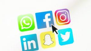 Pakistan a închis temporar toate reţelele de socializare, inclusiv Facebook şi Twitter. Care este motivul