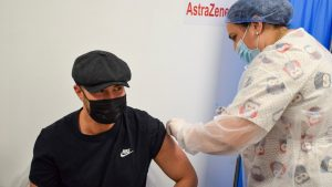 Mihai Bendeac s-a vaccinat cu AstraZeneca: Am ales să mă vaccinez cu cel mai puțin dorit vaccin în acest moment