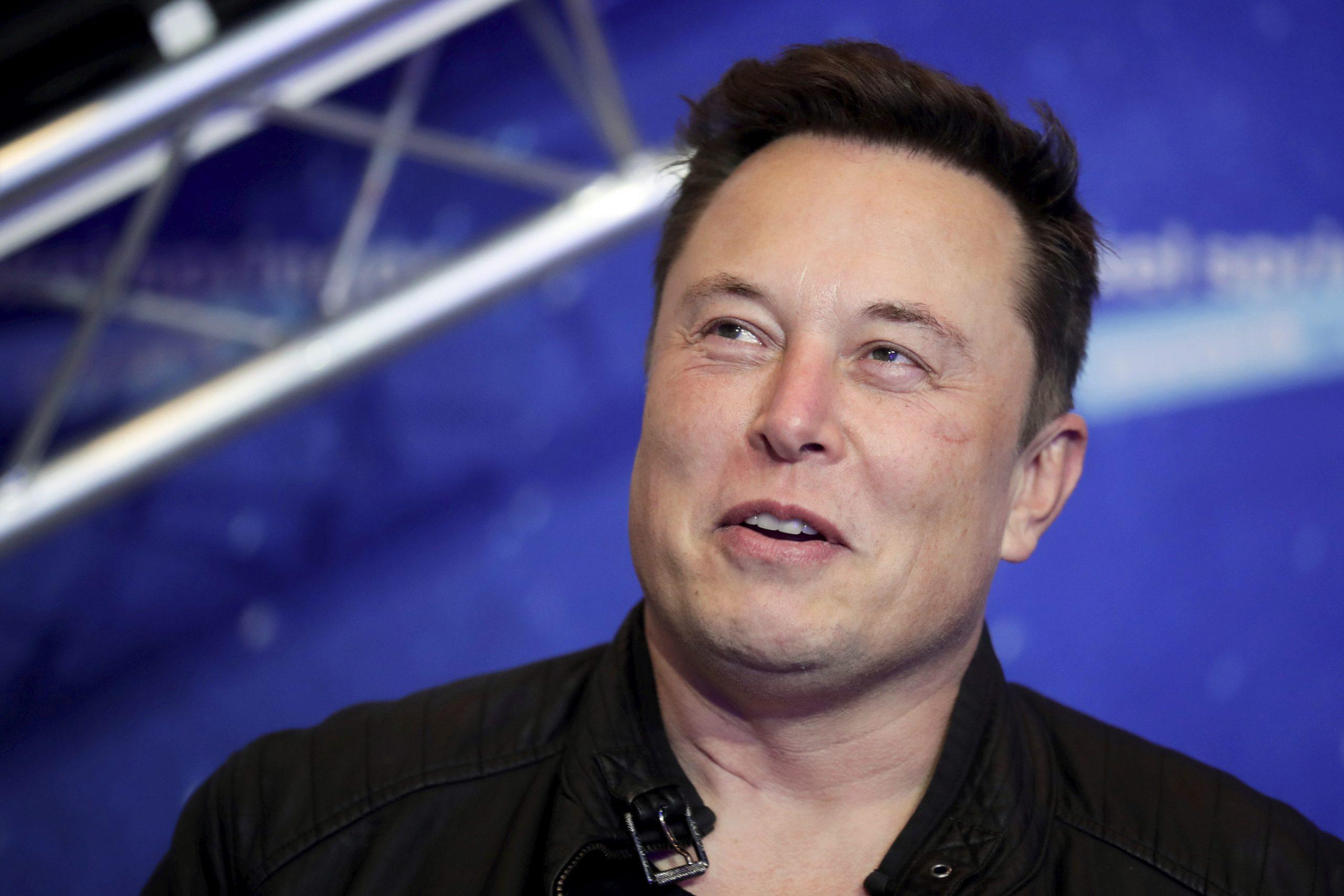 """Elon Musk a recunoscut că e agent secret. În ce documente a scris miliardarul că e """"angajat al Serviciilor Secrete"""""""