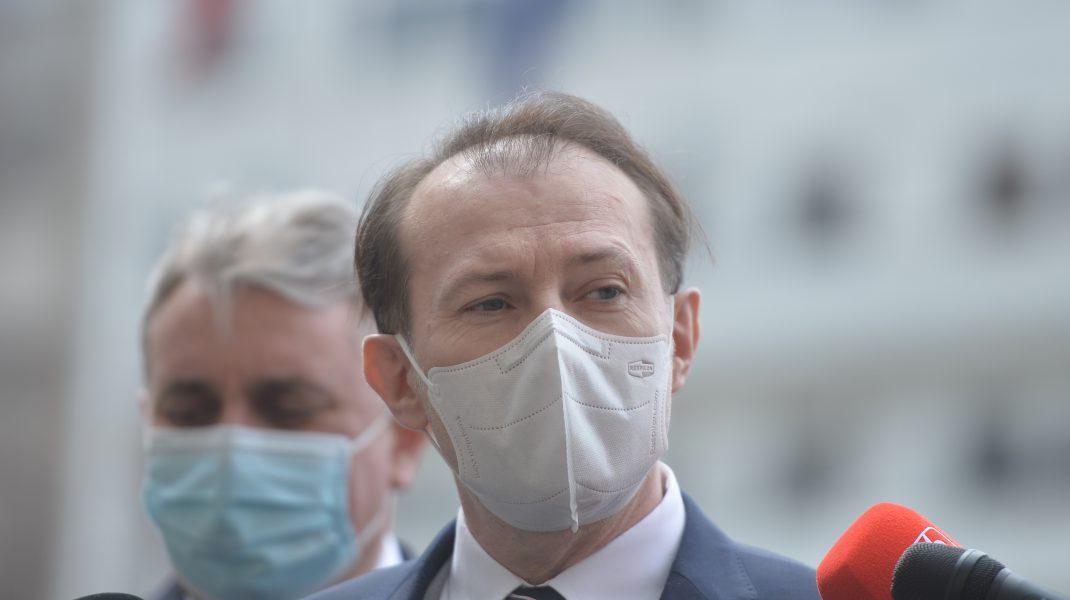 Ce a făcut Cîțu în prima zi în calitate de ministru interimar la Sănătate, în timp ce liberalii și USR-iștii au continuat să se jignească pe Facebook