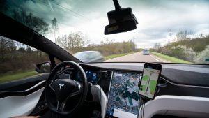 Mașină autonomă