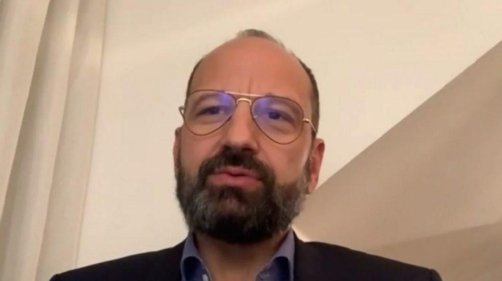 Cine este Radu Lupescu, medicul ATI de la Strasbourg decorat de Emmanuel Macron