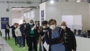 Italia vrea să elimine carantina pentru cetăţenii UE vaccinaţi sau testaţi