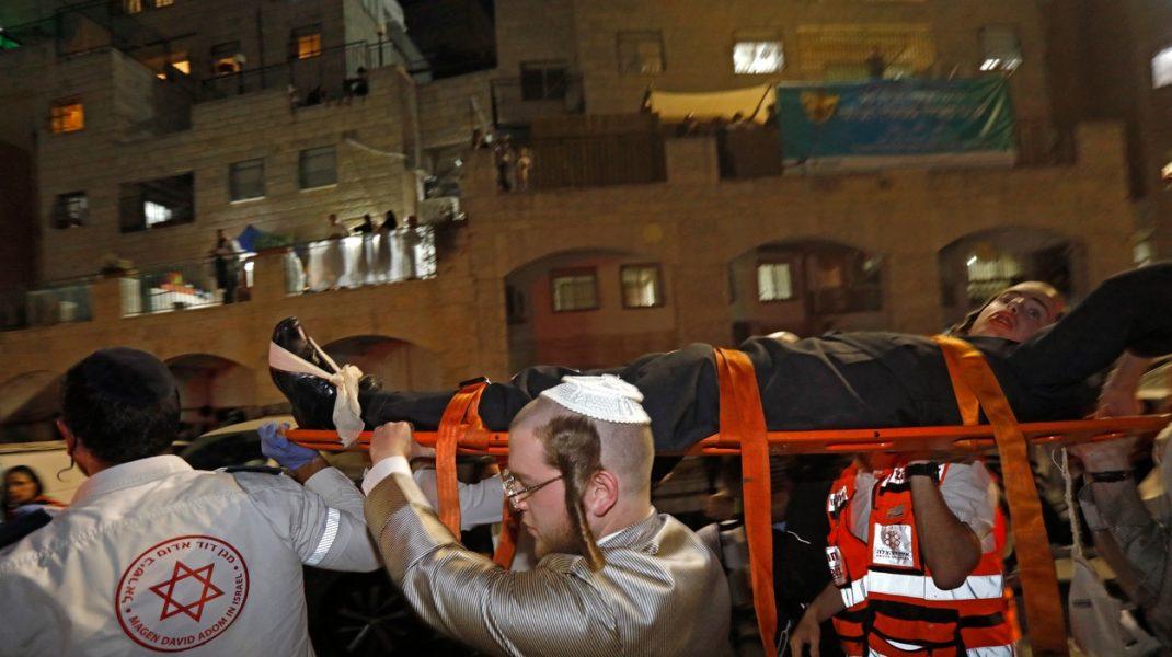O nouă tragedie în Israel. Două persoane au murit şi cel puţin 150 au fost rănite după ce s-a prăbuşit tribuna de la o sinagogă