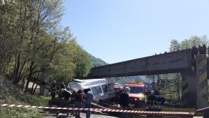Accident grav în Neamț. Doi morți și doi răniți, unul dintre aceștia inconștient