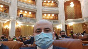 alexandru muraru selfie in parlament.