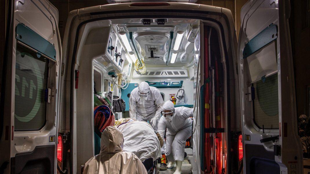 ambulanță COVID