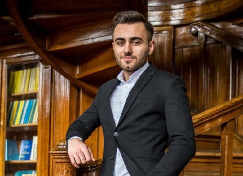 Cezar Baciu, consilierul USR PLUS care a votat bugetul municipiului Iași, propus de Mihai Chirica.