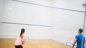 Squash, sportul care câștigă tot mai mult teren în România. Numărul jucătorilor a crescut cu peste 30% în ultimul an