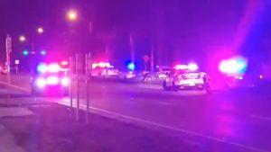 Atac armat în fața unei săli de concerte din SUA. Doi oameni au murit și peste 20 au fost răniți. VIDEO
