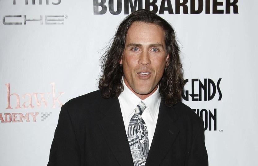 """Joe Lara, actorul care l-a jucat pe """"Tarzan"""", a murit într-un accident de avion"""