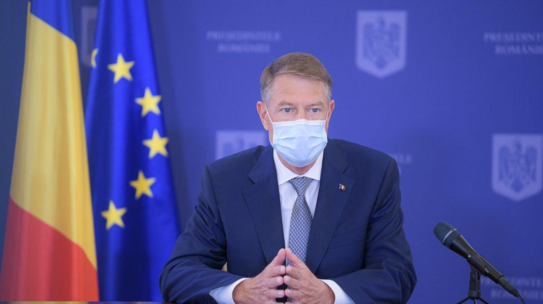 Președintele Klaus Iohannis într-o conferință de presă.