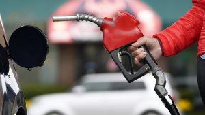 pompă benzină, emisii carbon