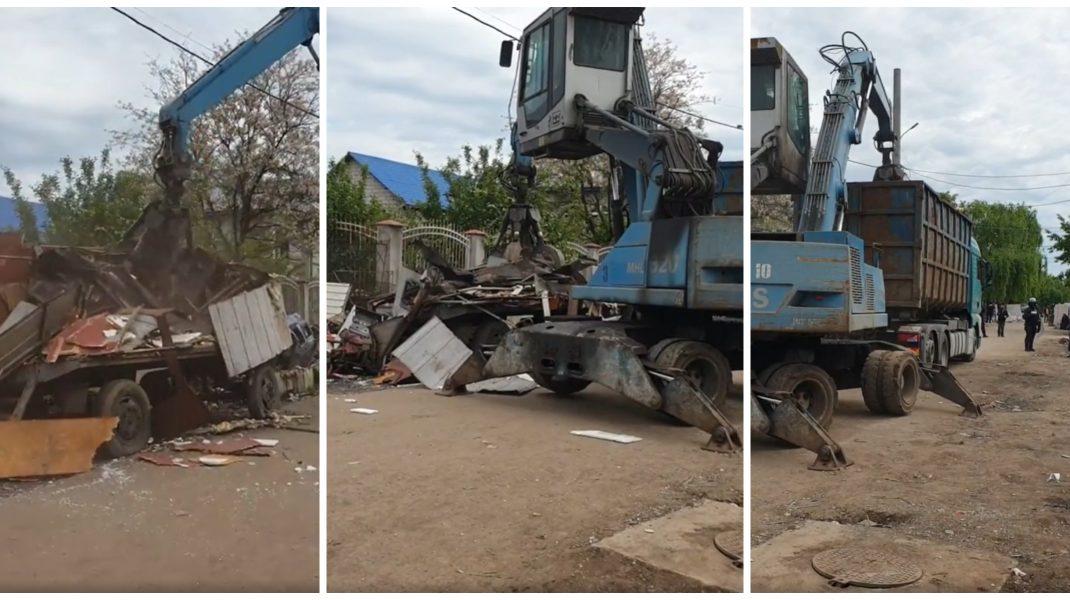 Zeci de comisari ai Gărzii de Mediu și peste 200 de polițiști și jandarmi au descins la firme care depozitează şi ard ilegal deşeuri în Săruleşti, județul Călăraşi.