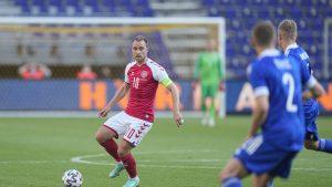 Christian Eriksen in timpul unui meci de fotbal