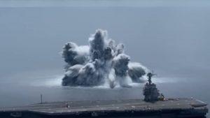 Explozie cu puterea unui cutremur de 3,9 pe scara Richter, provocată în timp ce armata SUA testa un portavion. VIDEO
