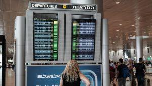 o femeie in aeroportul ben gurion din israel