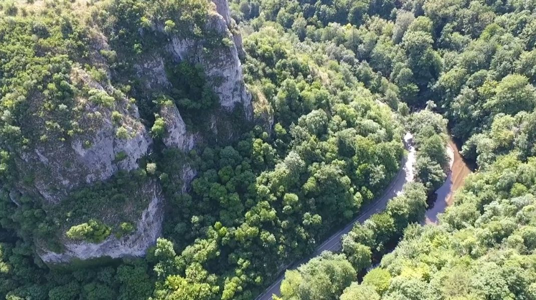 Imagini noi cascada Bigăr