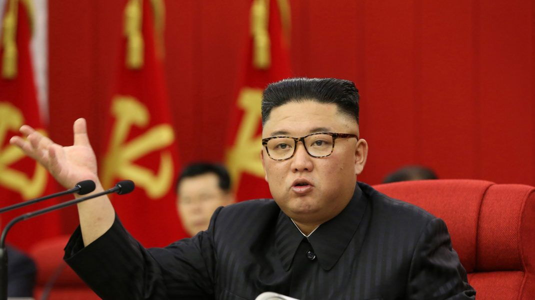 Liderul Coreei de Nord într-o conferință de presă.