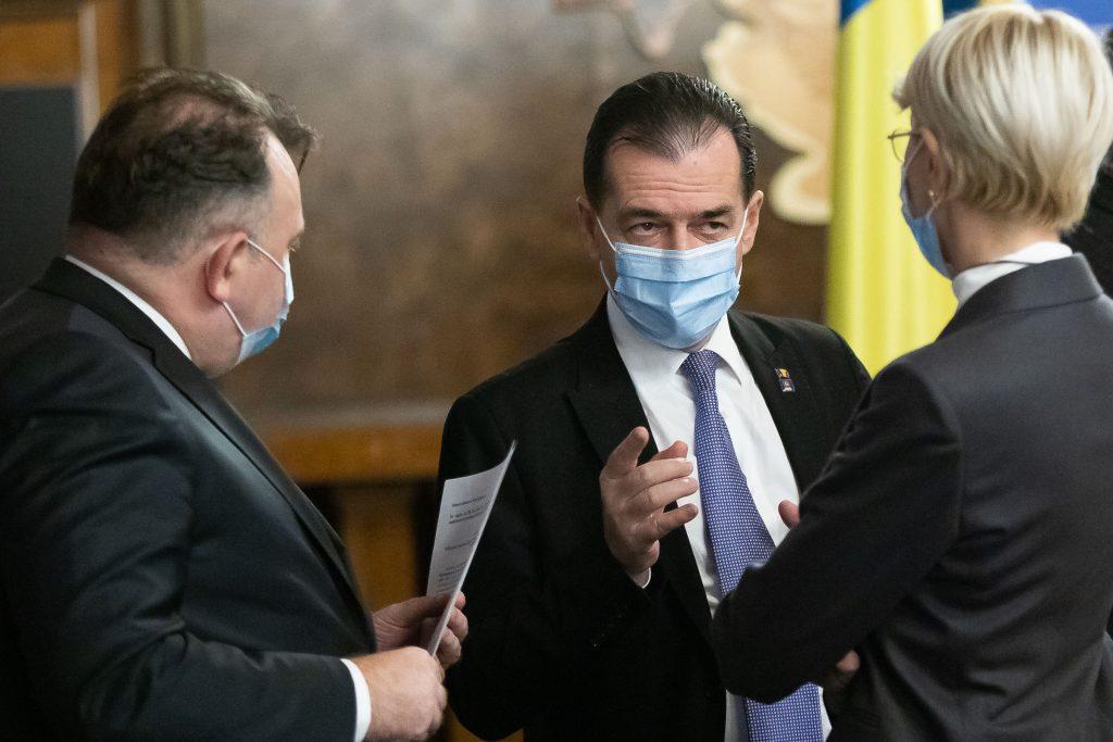 Nelu Tătaru, Ludovic Orban și Rauca Turcan în ședința de Guvern.