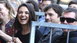 Ashton Kutcher și Mila Kunis.