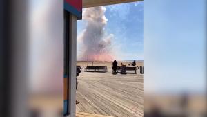 Explozie a unui camion de artificii.