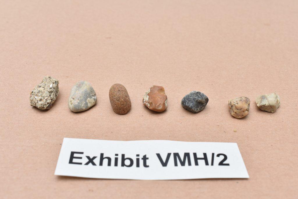 Pietre puse în locul diamantelor. Foto: Metropolitan Police