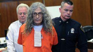 """Ucigașul în serie cunoscut drept """"Dating Game Killer"""" a murit din cauze naturale înainte să fie executat"""