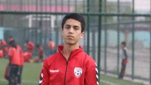 Un fotbalist afgan de 19 ani a murit după ce a căzut dintr-un avion american pe aeroportul din Kabul