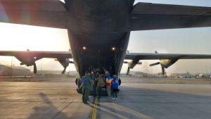 MAE: Încă un român a fost evacuat din Kabul. Odată cu el au fost luate și alte trei persoane