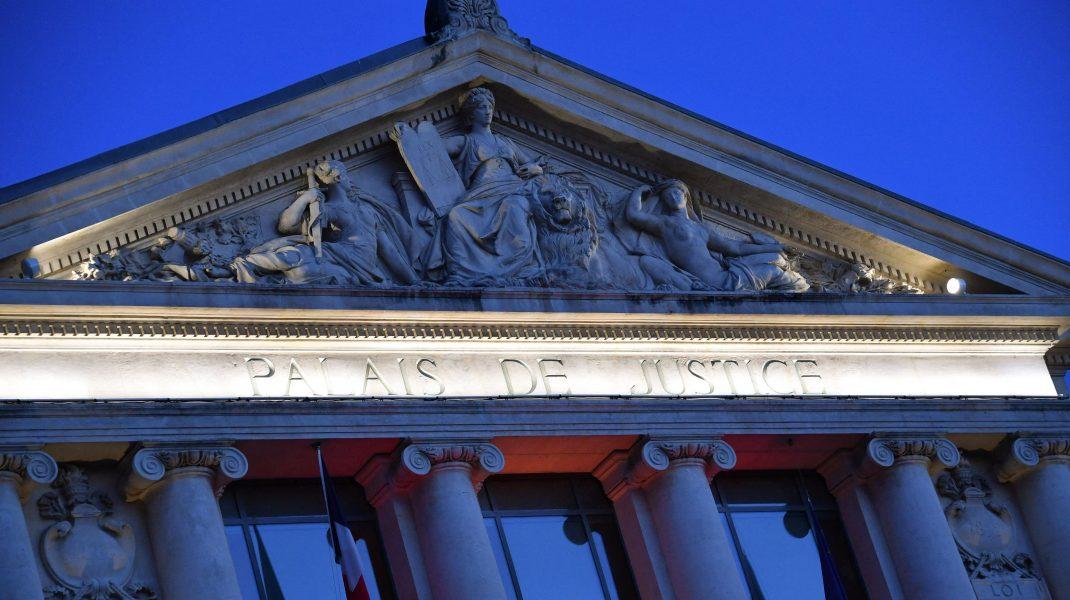 palatul justitiei din franta.