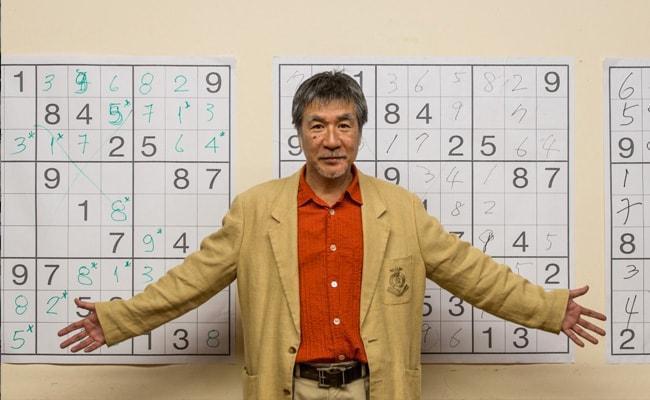 maki kaji in fata unui joc sudoku